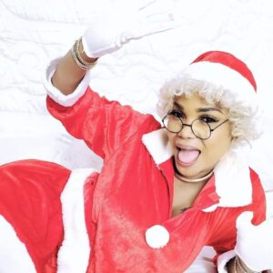 Popular Nollywood actress, Iyabo Ojo has shared very cute Christmas themed photos of herself and her children on her Instagram page.
